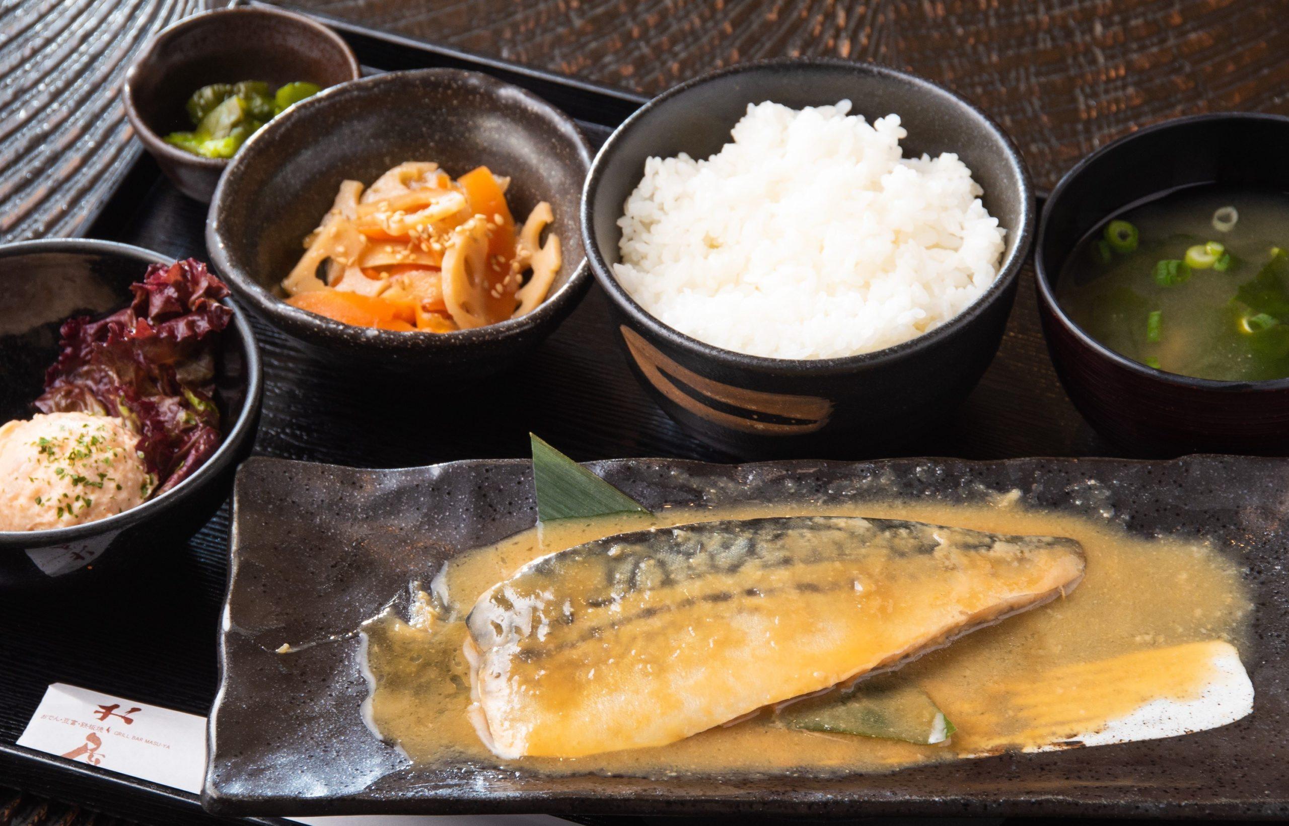 鯖 味噌煮